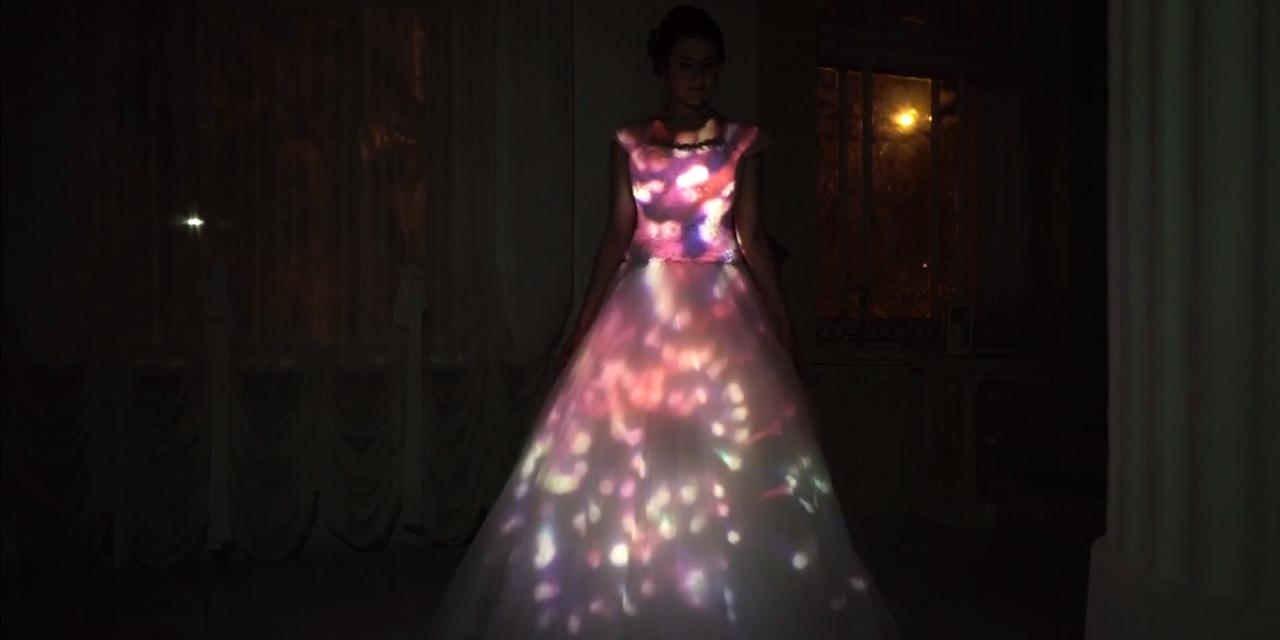 3D mapping на свадебное платье