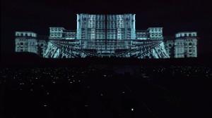 Бухарестский Дворец Парламента и архитектурный видеомэппинг на его фасаде