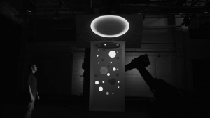 Box - творение компании Bot & Dolly, поражающее воображение