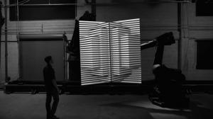 Box - симбиоз роботехники, видеомэппинга и программного софта